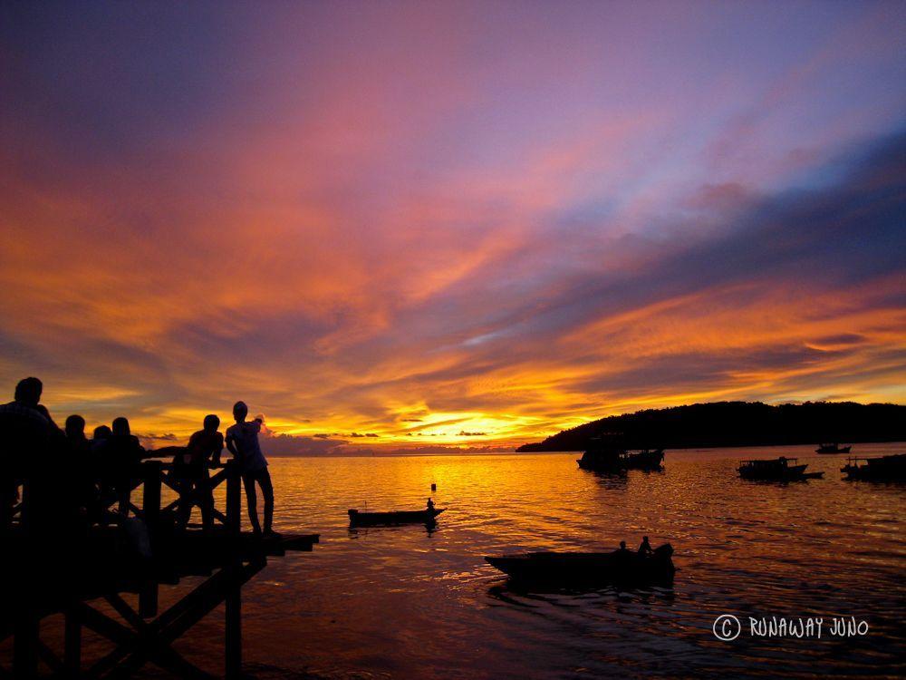 KK Borneo sunset Malaysia Runaway Juno