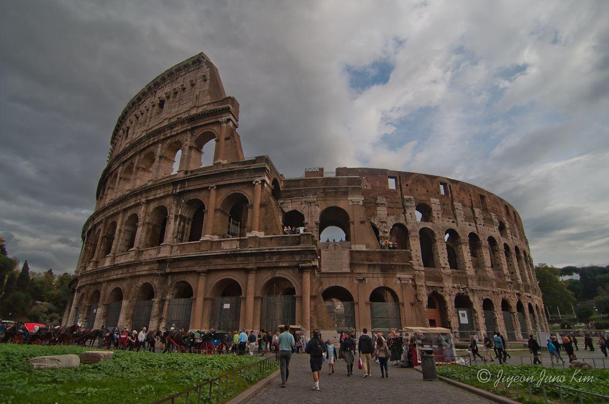 rome-italy-colosseum