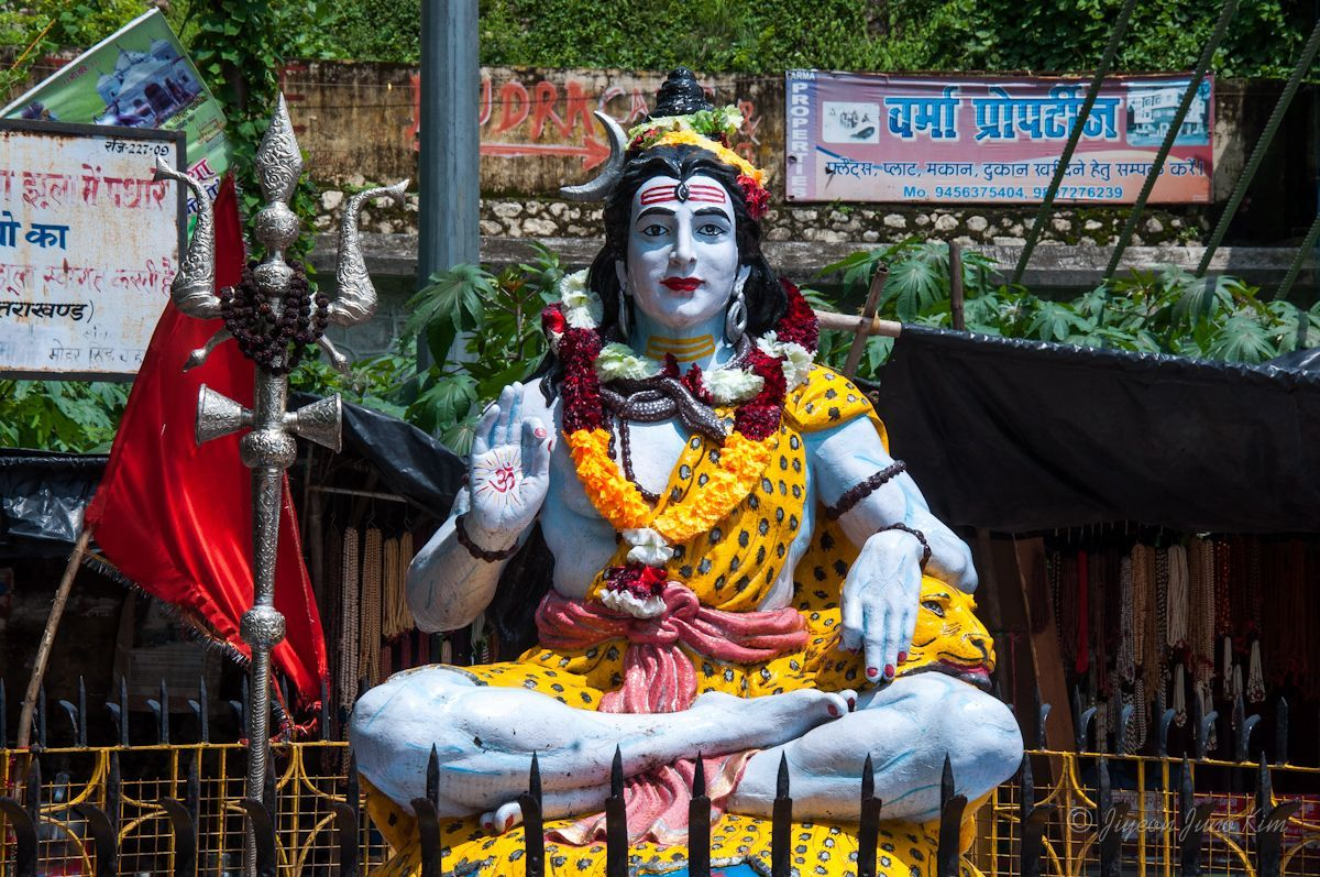A statue of Shiva in Rishikesh, India