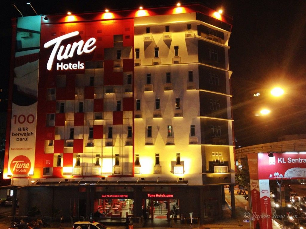 Tune Hotels at night