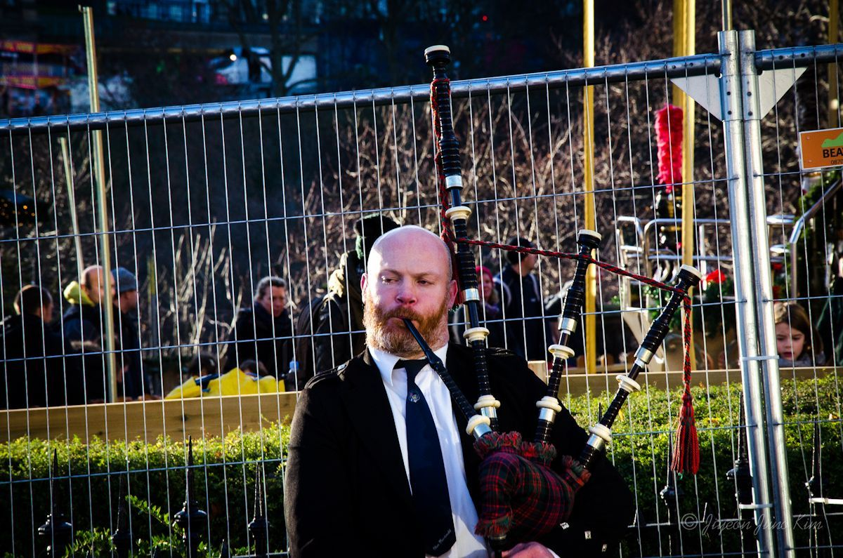 Scottish Bag piper in Edinburgh