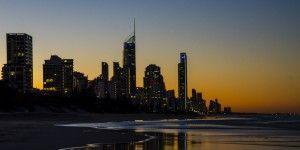 Australia-queensland-Gold Coast-Surfers