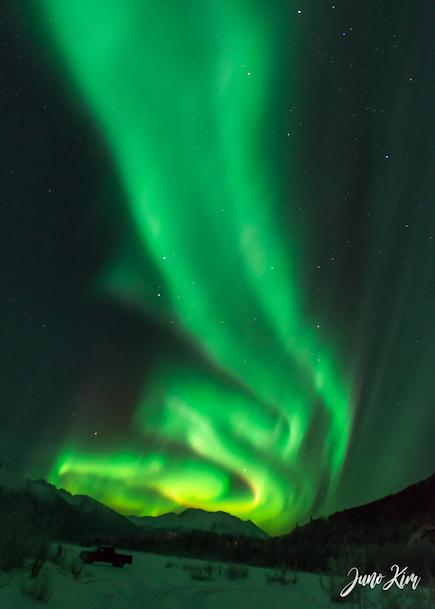 Nov20_Knik River Aurora__6105173-Juno Kim-2